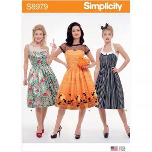 Simplicity Sewing Pattern Misses Classic Halloween Costume US8979U5 16-24